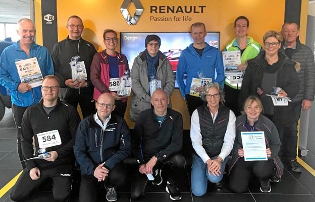De glade vindere af lodtrækningspræmierne. Foto: Ulla Rask Jepsen og Kasper Mølbæk