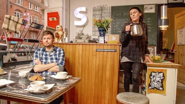 Rasmus og Heidi har åbnet Superponyhest, der både er en cafe og en genbrugsforretning. Foto: Henrik Louis