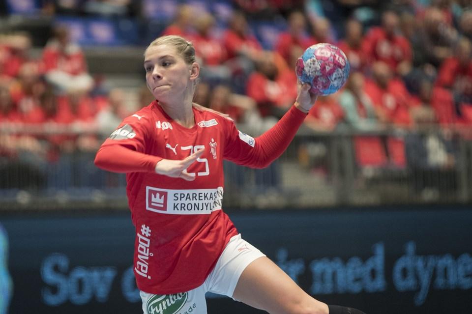 5c1c490d32c Trine Østergaard Jensen og resten af det danske kvindelandshold i håndbold  fik en sejr i den sidste kamp i Møbelringen Cup.