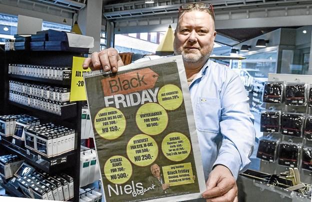AV. Den famøse annonce, der også var i Thisted Posten EFTER Black Friday. Men Blyanten tager det med et smil - så gælder priserne selvfølgelig også denne uge. Foto: Ole Iversen