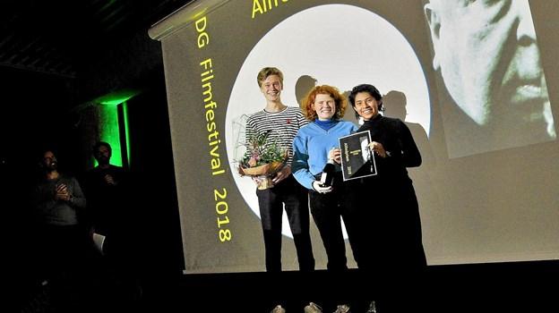 """Alfredprisen gik til """"Praberi Fari"""" lavet af Alexander Wimmelmann, Anne Andreasen 2c og Nina Friis 2a. Privatfoto Privatfoto"""