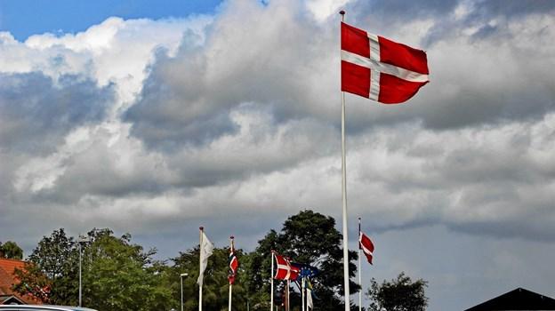 Alle flag var i top ved havnefesten. Foto: Hans B. Henriksen Hans B. Henriksen