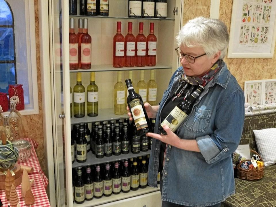 Økologisk vin og øl er også på hylderne. Foto: Gunnar Onghamar