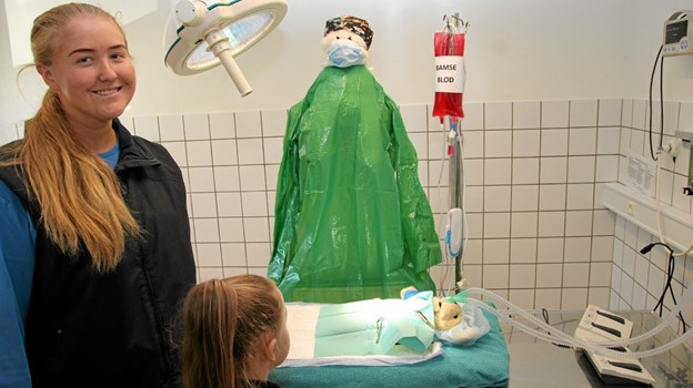 Der var meget travlt på operationsstuen. Den var under ledelse af Line Rom i dagens anledning.