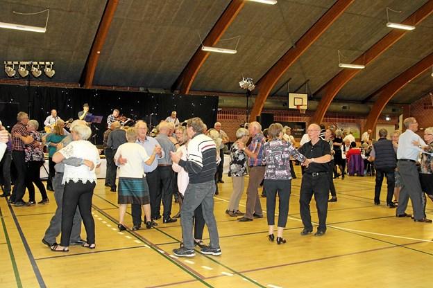 Der kommer altid mange gæster til harmonikatræffet i Biersted. Foto: Flemming Dahl Jensen
