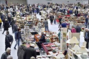 Nordjyllands største kræmmermarked: Tusinder strømmede til Gigantium i jagten på gode kup