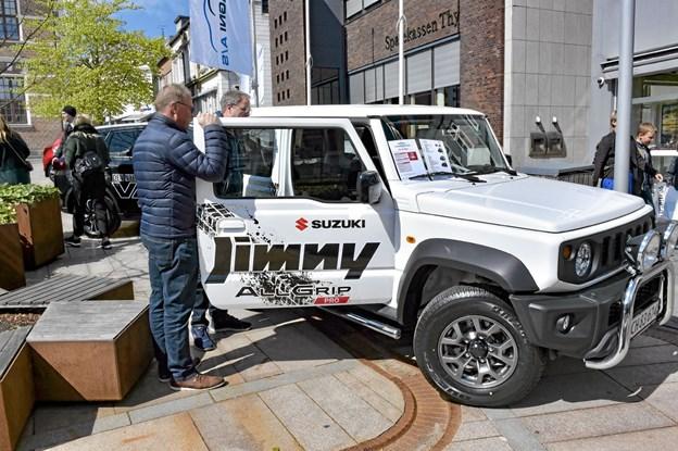 Hos Thisted Motor Co. var der stor interesse for den lille frække Suzuki Jimmy i 2019 udgaven -ikonisk offroader og rendyrket terrænbil i 50 år. . Foto: Ole Iversen Ole Iversen