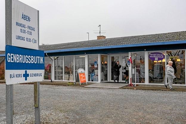 I hele næste uge er der Shop Amok i Blå Kors Genbrugsbutikken i Bindslev. Alt i den 1300 kvadratmeter store genbrugsforretning sælges med 50 procent rabat. Foto: Niels Helver