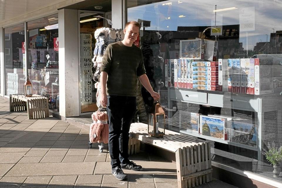 Allan Nyholm Ottosen i år har været ansat i 20 år, i den gamle boghandel. Foto: Peter Jørgensen Peter Jørgensen