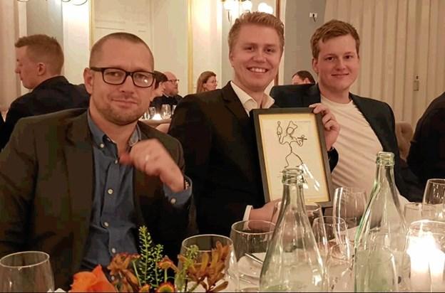 Bryghuset Vendia vandt prisen som Årets Brasserie - her direktør Kristian Rise, restaurantchef Michael Rønne Sørensen og køkkenchef Lasse Dalsager ved prisfesten. Privatfoto