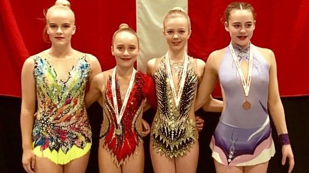 Det blev til flotte guldmedaljer og bronze i Rytmisk Sports Gymnastik.Privatfotos