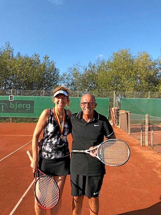Årets klubmester i damesingle blev Susanne Ejsing, og i herresingle blev det Henrik Vangsted. Foto: Privatfoto