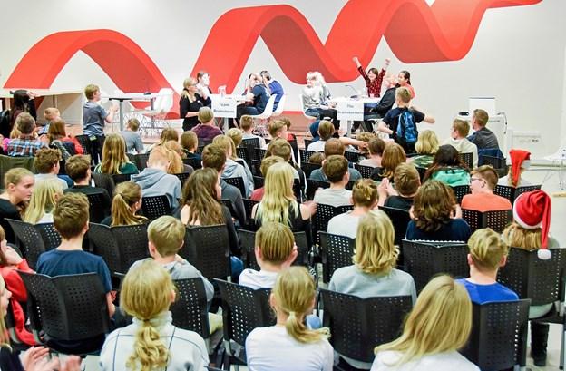 Kampgejst og jubel til sidste års Smart Parat Svar på Hjørring Bibliotek. Foto: Martin Jørgensen