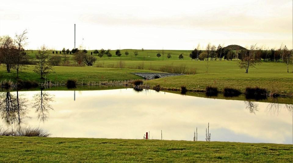 Vand hører også til på en golfbane, når bare der er styr på tingene.Foto: TM & E-Air-view.dk