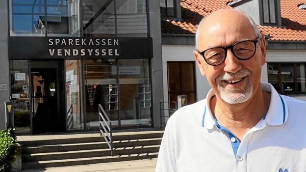 Souschef hos Sparekassen Vendsyssel i Hals, Steen Andersen går på pension efter 45 år i bankverdenen. Foto: Allan Mortensen