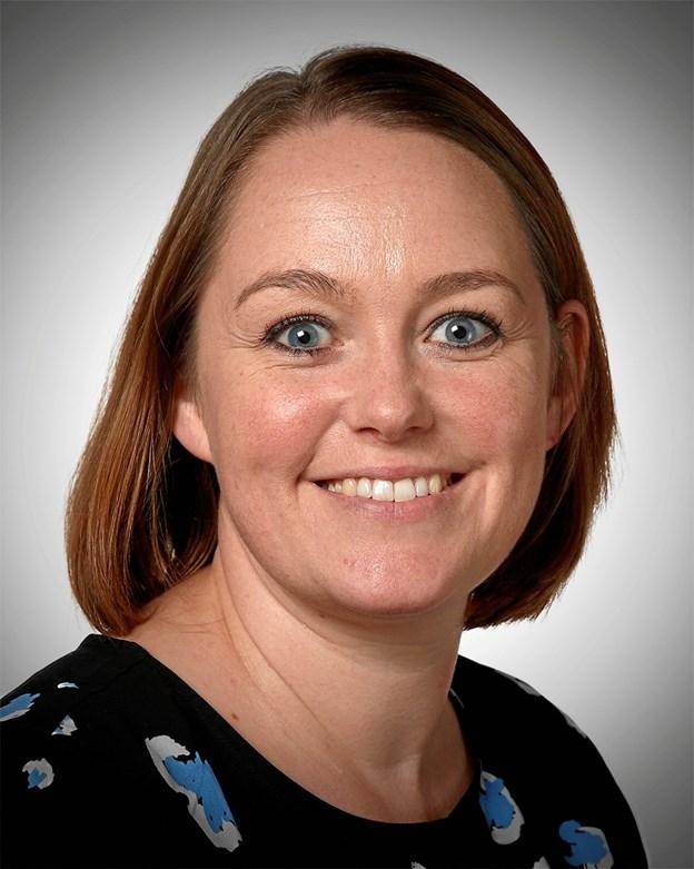 37-årige Ulla Bjerregaard Kristensen er privatkunderådgiver i Jutlander Banks privatkundeafdeling i Hobro.   Privatfoto