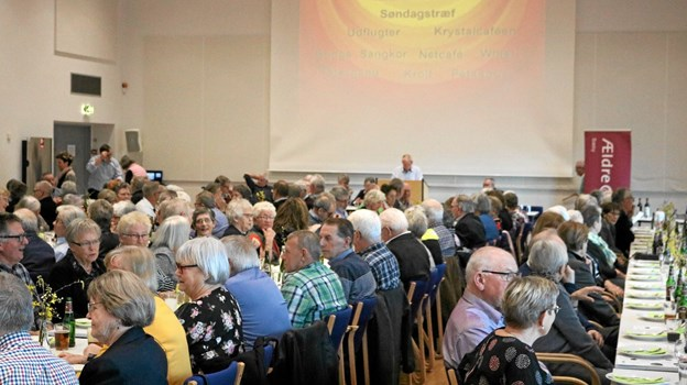 Der var mødt omkring 200 medlemmer op i Manegen til Ældre Sagens årsmøde. Foto: Tommy Thomsen