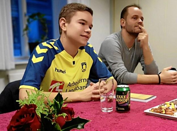 Marcus Linkhorst og far Kenneth Blaameier, som var ham, der vakte sønnens interesser for fodbold.