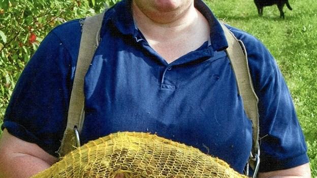 Mabel Caroline Nielsen - taler torsdag aften om dyrkning af hasselnødder i BogbyButikken i Skørping. Privatfoto