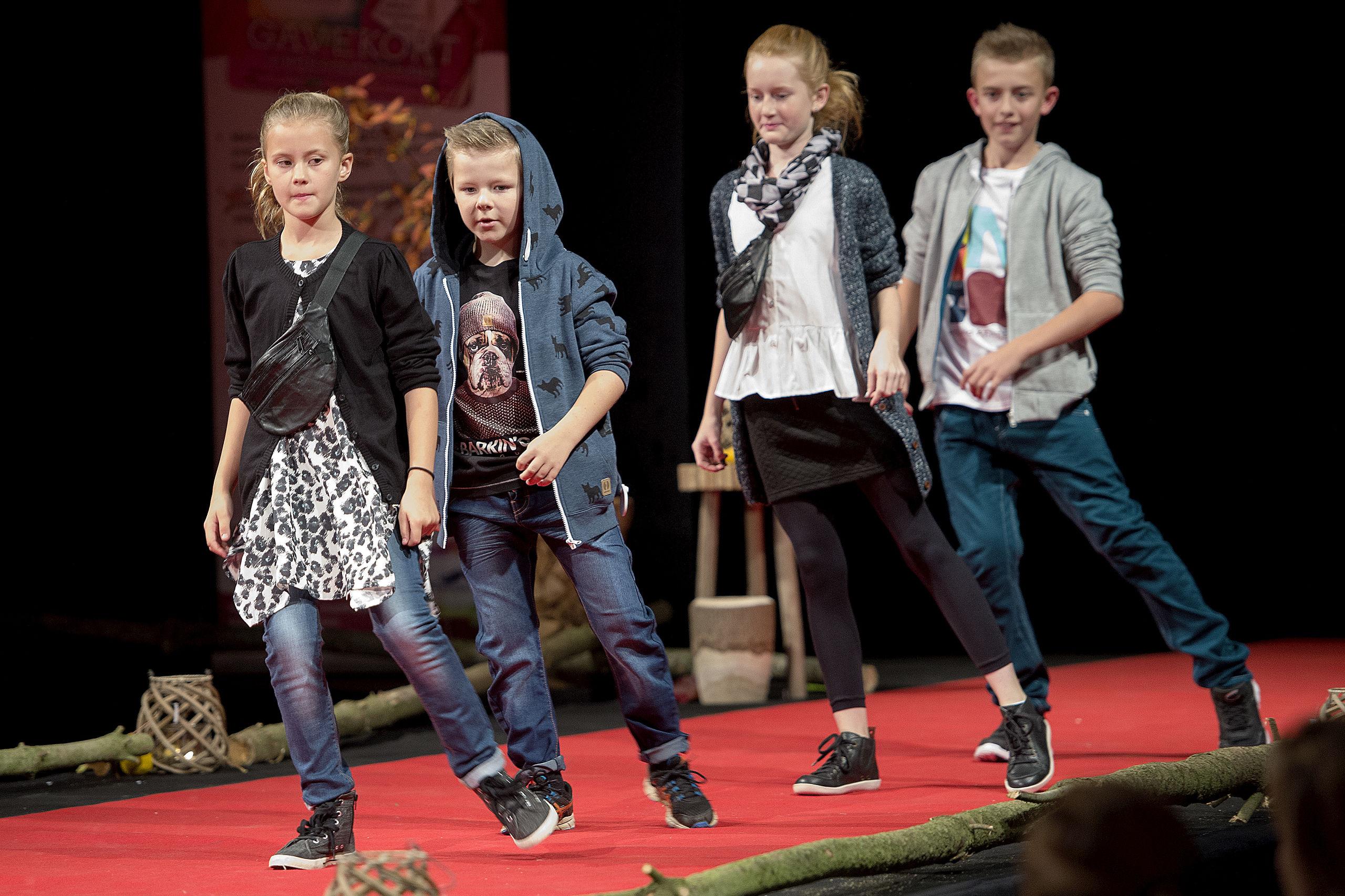 Et modeshow kan også give et bud på tøjet til Blå Mandag. Foto Lars Pauli