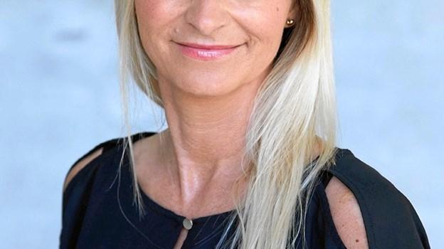 Lotte Moslund viser og fortæller om tøjmærket Prepair, hvor kunderne samtidig kan vinde det tøj de evt. har købt af mærket.