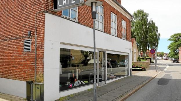Bøgelunds Gårdbutiks facade fra Vestergade med indgang til cafeen. Foto: Tommy Thomsen Tommy Thomsen