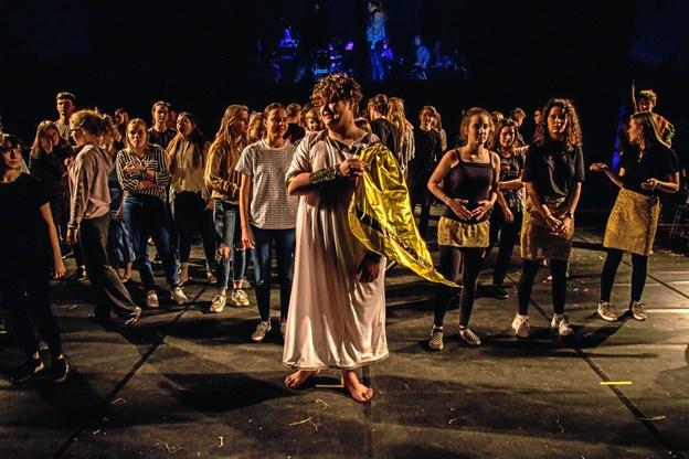 Et flot optrin fra opførelsen af  musicalen Drømmeren Josef på Mariager Efterskole. Privatfoto