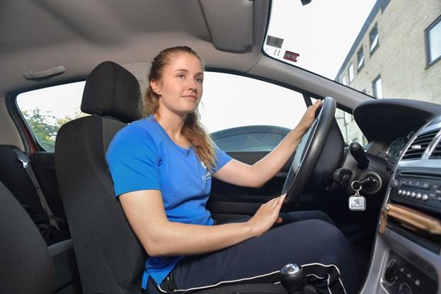 Caroline Broberg Mose er ved at uddanne sig til fysioterapeut, og hun trives godt med konceptet blandt andet på grund af de fleksible arbejdstider.