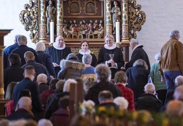 Der var indsættelse palmesøndag - og dagen efter havde Helle Bundgaard Laursen formelt set første arbejdsdag i en uge, hvor der traditionelt er nok at rive i, når man er præst. Foto Kim Dahl Hansen.