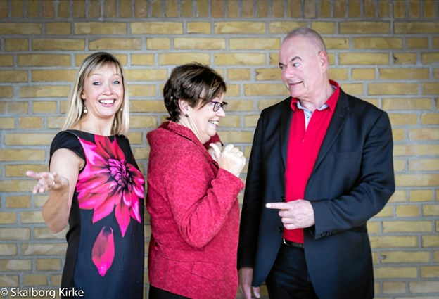 Skalborg Kirkes Trio synger og spiller for. Arkivfoto