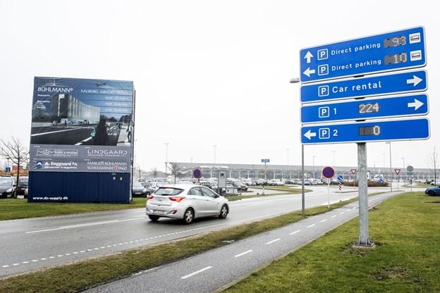 Rejsende fra Aalborg Lufthavn kan se frem til 900 ekstra gratis p-pladser.  Arkivfoto: Henrik Bo
