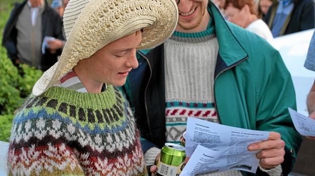 Folk hyggede sig med de skønne sange. Foto: Hans B. Henriksen Hans B. Henriksen