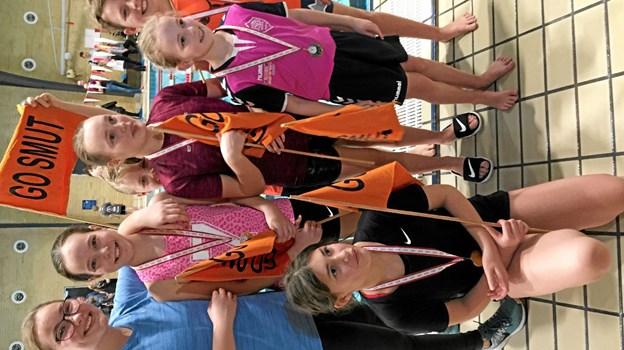 Her ses de seks aspiranter fra SMUT Terndrup sammen med deres træner Caroline Lybech Christensen. Foto: Privat Privat