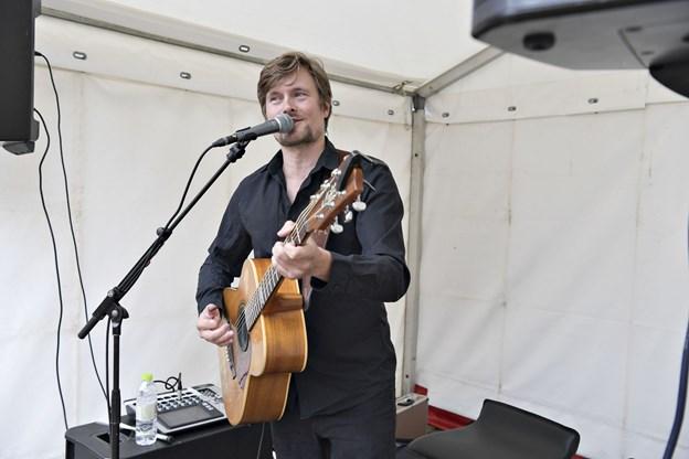 Jens Varmløse går på scenen torsdag klokken 4 i Dana Cup-ugen - men allerede torsdag 12. juli begynder musikken på Springvandspladsen - første gang er med Aagaard Band. Arkivfoto: Bente Poder
