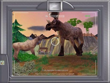 * FOTO9 - (elge i fotolinse) * Tag på fotosafari i din egen zoo - og nyd dyrene på nærmeste hold.