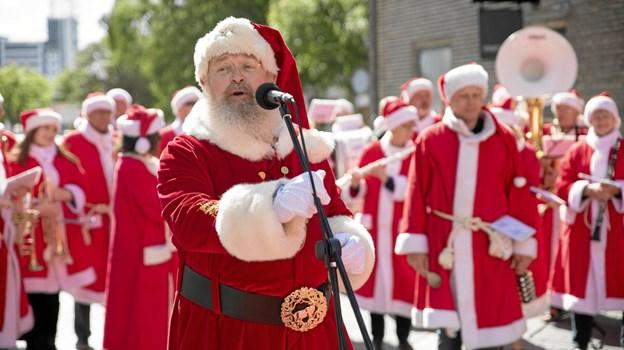 Frederikshavn Santa Julle bød velkommen til julemænd, nissekoner og andet nissegodtfolk. Foto: Michael Madsen MICHAEL MADSEN  OCTOMEDIA