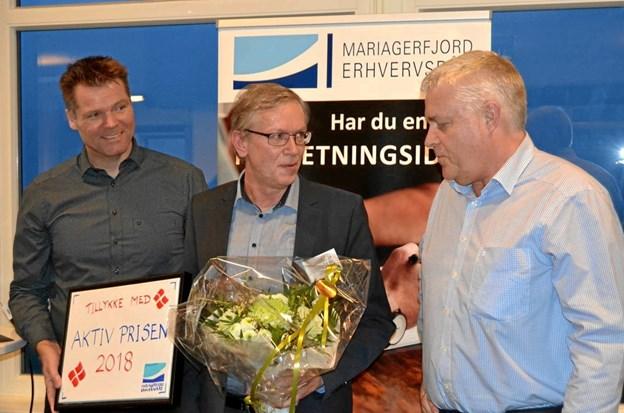 Fra venstre ses erhvervschef ved Mariagerfjord Erhvervsråd Michael Christiansen, vinder af Aktiv Prisen 2018 Kenneth Jensen fra Beierholm Hobro samt Franz Cuculiza, formand for Mariagerfjord Erhvervsråd.  Privatfoto