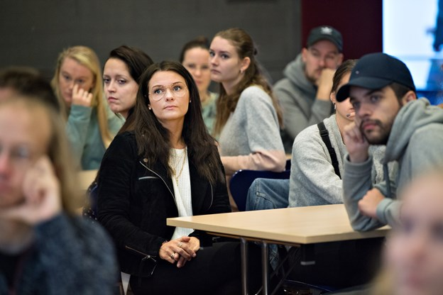 Onsdag mødte de nye lærerstuderende ind til et tre dages skræddersyet introforløb med særligt fokus på den gode studiestart. Foto: Hans Ravn