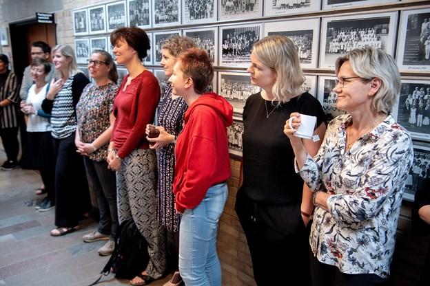 Kollegerne til Søren Munthe og Henrik Damsgaard var med, da deres udstilling fredag blev åbnet. © Lars Pauli