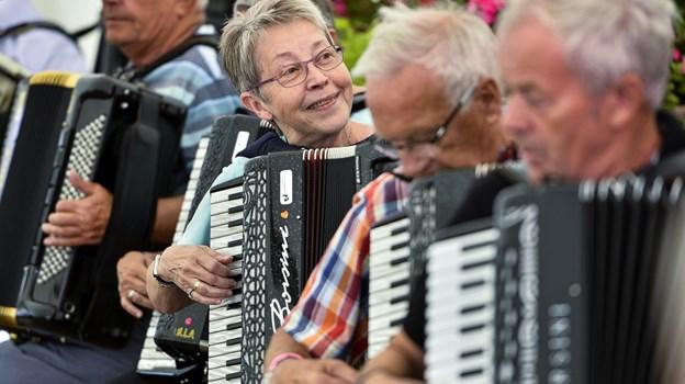 Der er lagt op til masser af musik, dans, hygge og samvær, når harmonika- og spillemandsfolket mødes i Ø. Hjermitslev.  Arkivfoto: Michael Koch