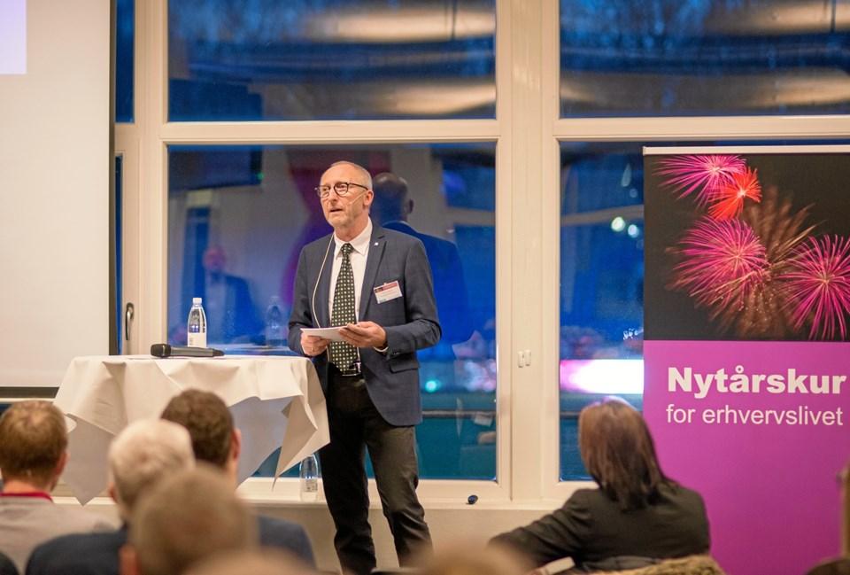 Borgmester Mogens Jespersen hyldede det lokale erhvervsliv i forbindelse med nytårskuren. Privatfoto