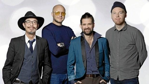 Humørekspressen er et band bestående af Pharfar, Klumben, børne-tv-vært Chapper og guitarist Peter Lützen fra gruppen Panamah.