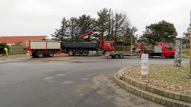 Hjørring Kommune har omlagt p-pladserne ved Løkken skole til gavn for trafiksikkerheden. Foto: Kirsten Olsen