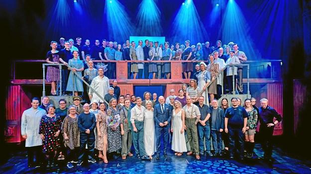 Det er en holdindsats, når MCH Herning Kongrescenter sætter musicals op. Frivillige fra hele landet er - som Jonas Østergaard - med til at få forestillinge op at stå. Foto: MCH/Tony Brøchner