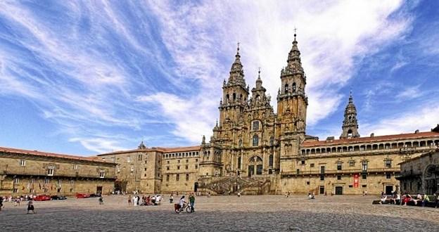 Katedralen i den galiciske by Santiago de Compostela i Spanien. Privatfoto.