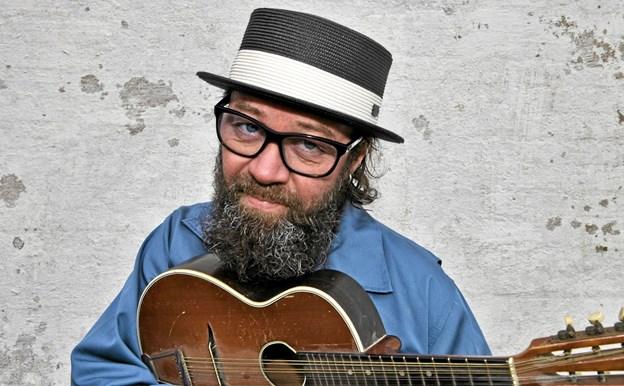 Tv-aktuelle Mikael K giver koncert i Lønstrup.  Privatfoto