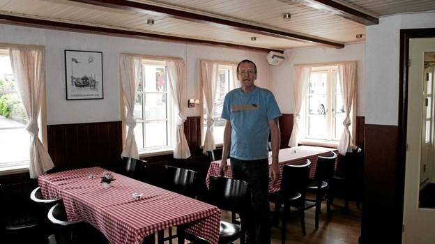 Nu er både restaurant og krostue klar til sæsonen, fortæller Henry Petersen. Foto: Peter Jørgensen Peter Jørgensen