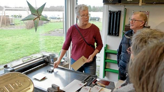 Susan Bjørklund fra Gøteborg demonstrerede håndsat trykkeri. Foto: Niels Helver Niels Helver