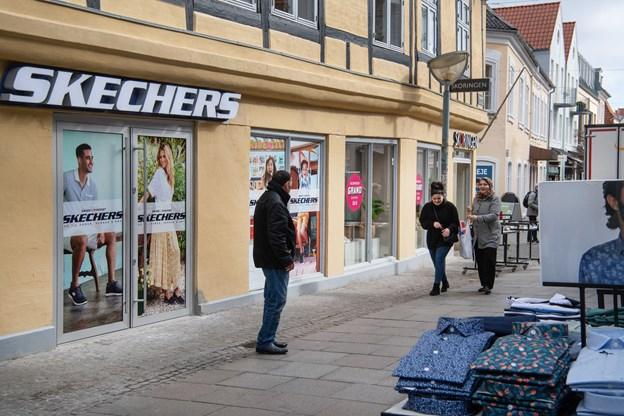 3163a1715d7 Skechers ligger her i Bredegade og er nabo til Skoringen, som Brian og  Henriette Tøttrup også står bag.