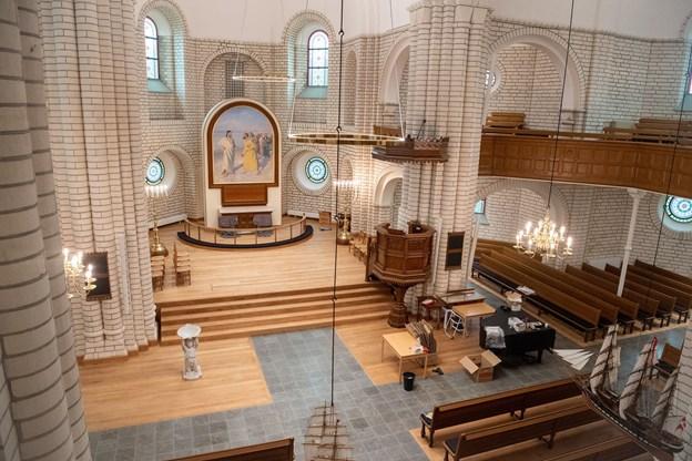 Ny skal der ryddes op og orglet intoneres - og så er kirken klar til brug.